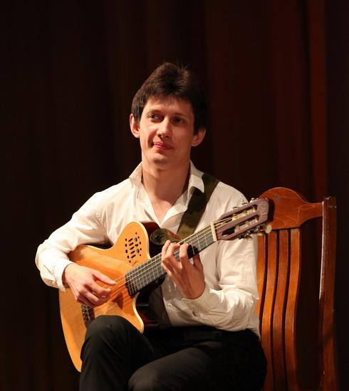 Михаил оленченко дата рождения